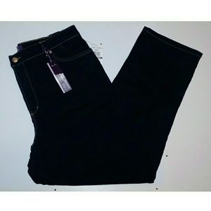 Gloria Vanderbilt dark denim jean